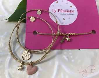 Bracelet cordon doré coulissant, pendentifs plaqué or au choix