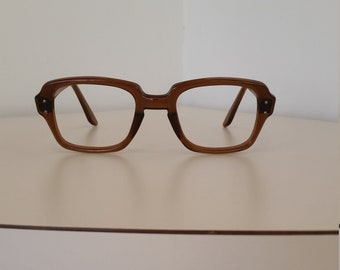 b50c8fe45210 1960s USS Eyeglasses Frame  Brown Tone  Excellent Condition  Rx-able  Ready  for Lenses  Read Description for Sizing