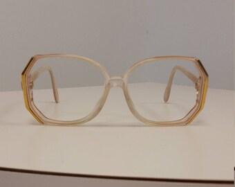 1b7b868e8ded 1980s Silhouette Eyeglasses Frame  Cream Beige w Gold Trim  Rx-able
