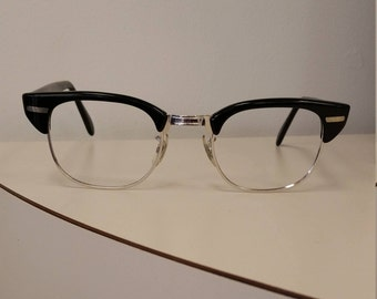 6270c583cfb 1950s Universal Eyeglasses Frame  Silver   Black Retro  Marked 1 10 12 KGF   Excellent Condition and Ready for Lenses