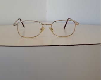 4e4c2b3b721d 1990s Rectangle Gold Tone Eyeglasses Frame  Spring Hinges  Excellent  Condition  Rx-able  Ready for Lenses  Read Description for Sizing
