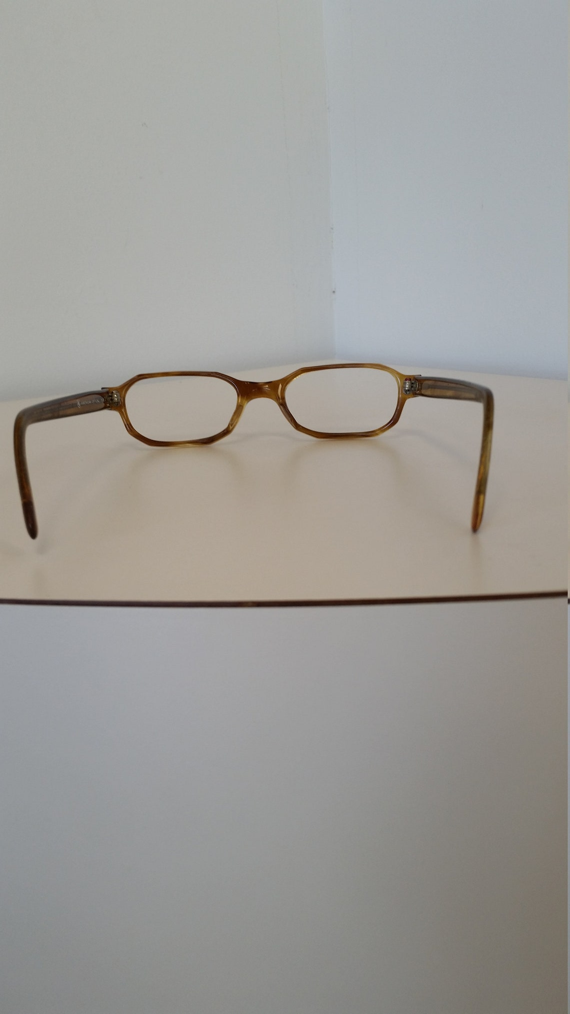 1960s American Optical Eyeglasses Frame; Faux Tortoise Brown; Very Good Condition; No Lenses; Rx-able; Vintage Hipster