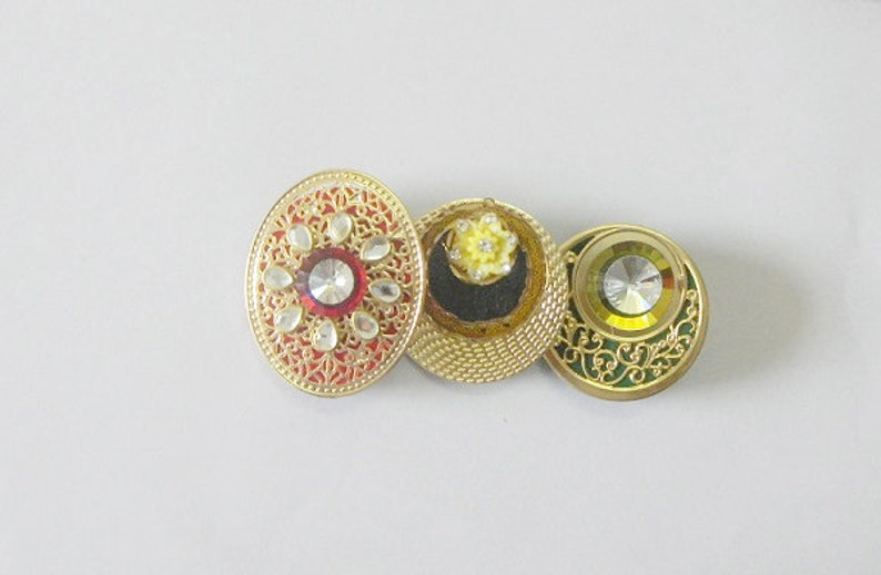 cae133345 Different Designs Saree Pins Crystal Clear Indian Wedding   Etsy