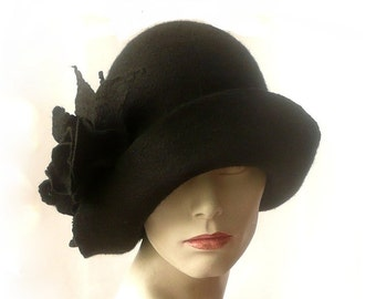 589067bb4c703d Black felt hat felt Cloche hat felted hat Hat 1920 Hat Art Black Hat Cloche  Victorian 1920's Women's hat roses Downton Abbey hats
