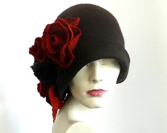Black felt hat felt Cloche hat felted hat Hat 1920 Hat Art Black Hat Cloche  Victorian 1920 s Women s hat roses Downton Abbey hats b09d7140ed1