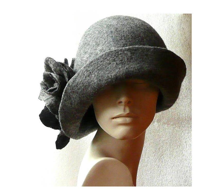 Cappelli Cappello Cloche cappelli cappelli in feltro 1920s  02196f21c92a