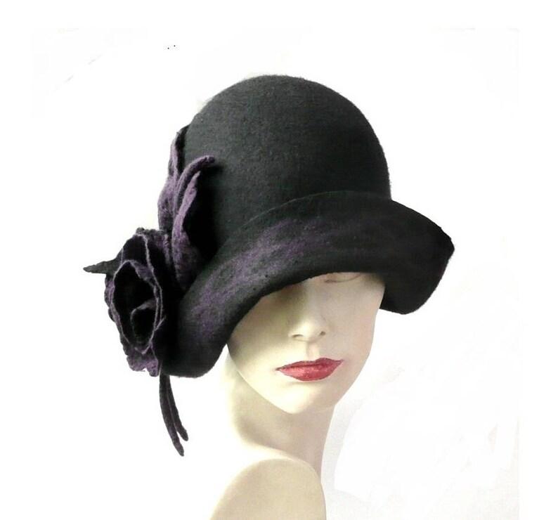 Sombrero de fieltro negro sombrero sombrero Cloche 1920  965cfc7daa87