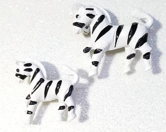 Adorable Mom and Baby Zebra White and Black Enamel Pin Brooch