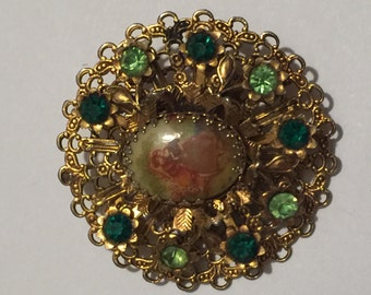 Vintage GoldToned Victorian style Brooch with Rhinestones