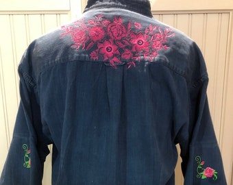 Women XL dark blue denim shirt embroidered Pink roses yoke flare sleeves low shirt tail hem embroidered rose accent on sleeves