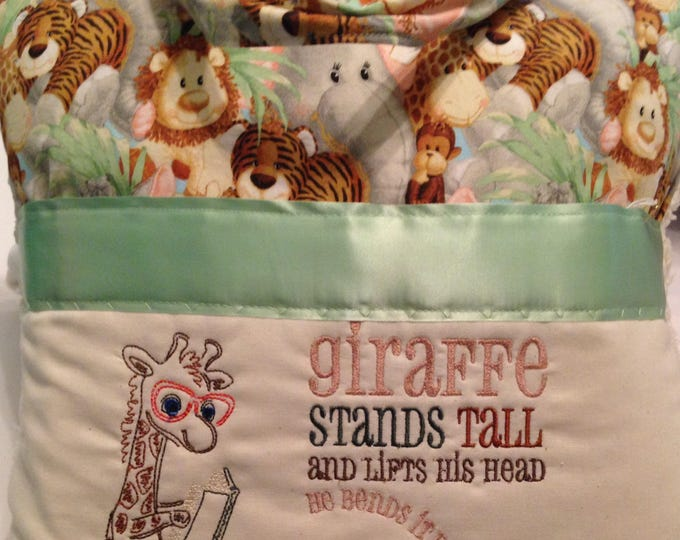 Pocket pillow giraffe reading pillow vintage chenille childs reading pillow zoo animal fabric handle book tall giraffe quote zip close
