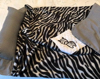 Kinder mat cover Childs sleep mat cover little zebra embroidery sturdy black and white check back black zebra striped fleece front