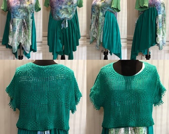 Womens upcycled blue green tunic Tee shirt L easy fitting cotton shirt asymmetrical hem grass green open weave knit pullover boho chic