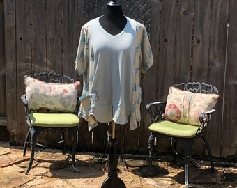 Womens upcycled tunic tee half sleeve pop over top sea foam green play dirty tee blue green tan shirt two pockets Easy fit XXL shirt