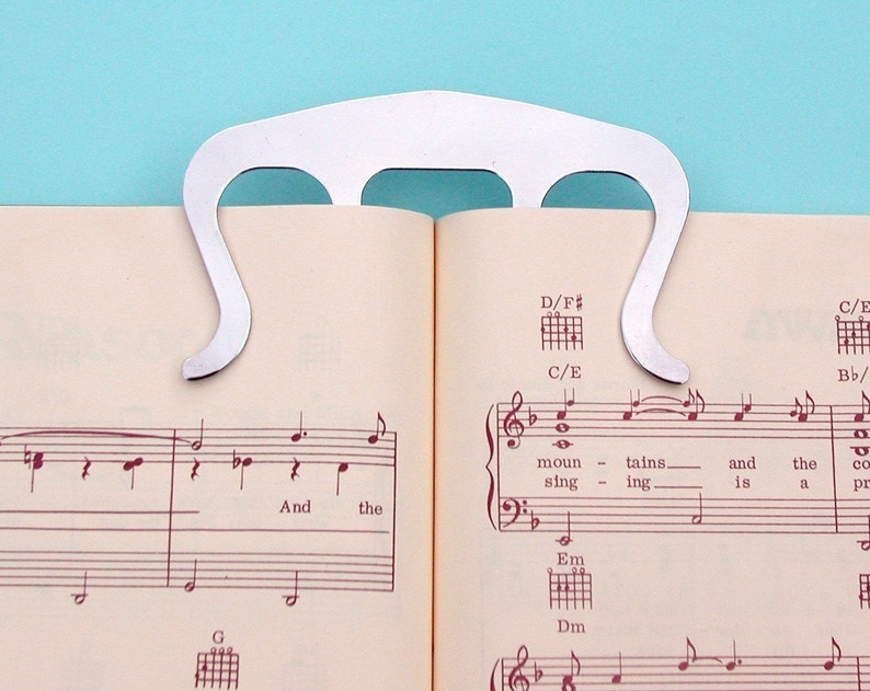 Music Book Mark and Page Holder  Silver Page Clip image 0