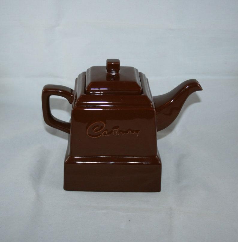 Vintage Cadburys Chunk Teapot And Three Cups