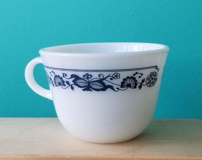 One Pyrex Old Town Blue Milk Glass Mug