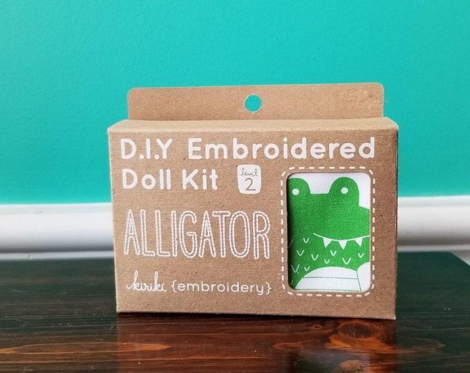 Kiriki Press Embroidery Kit - Alligator - Level 2