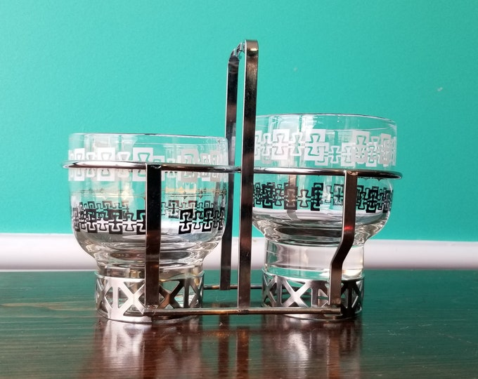 Vintage Pair of Whiskey Glasses in Lovely Caddy Rack