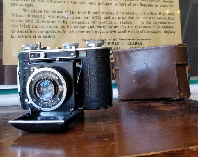 Certo Dollina - 35mm Film Folding Camera