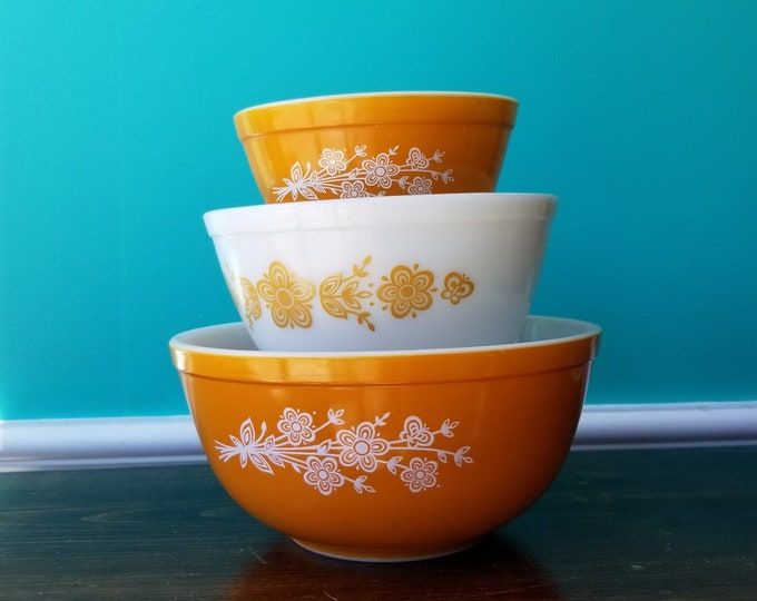 Set of Pyrex Golden Butterfly Mixing Bowls