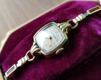 1930's Ladies Waltham 14K Gold Filled Watch - Extra Small Bracelet