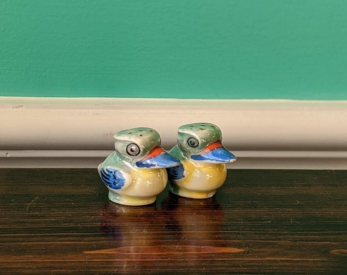 Vintage Cool Blue Kookaburra Salt and Pepper Shaker Set