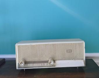 Sandlewood Beige 1964 Philco Model N-876ABE-124 Dual Speaker AM Tube Radio
