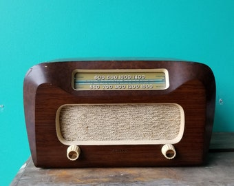 1946 Philco 65 Tube Radio