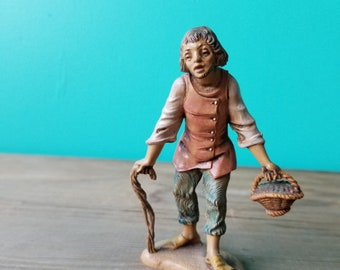 Vintage Fontanini Figurine - 121  Villager with Berries