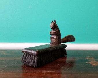 Nutty Squirrel Brush