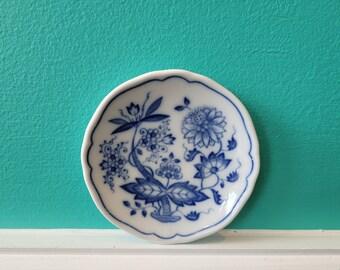Butter Pat Plate - HUTSCHENREUTHER Blue Onion