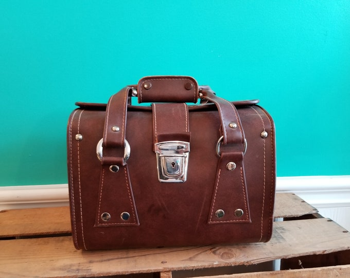 Beautiful Vinyl Vintage Camera Case With Dividers