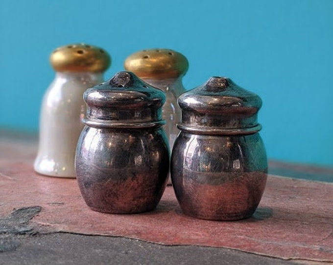 Thumblina Salt and Pepper Shaker Set