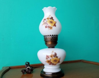 Milkglass Two Way Lamp