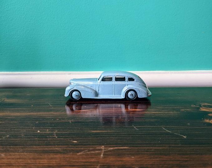 Dinky Toys -  GB 39E Chrysler royal Sedan 1947