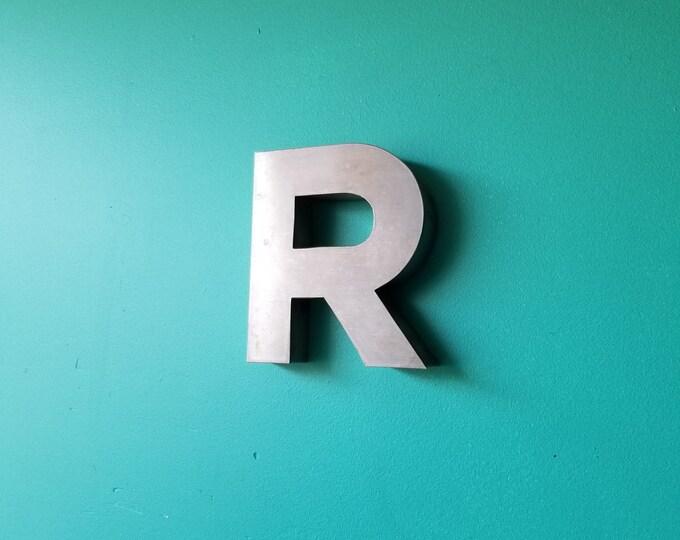 Metal Signage Letter R