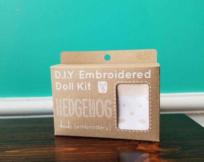 Kiriki Press Embroidery Kit - Hedgehog - Level 3