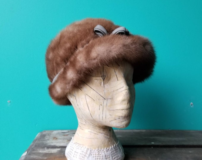 Ladie's Fur Hat