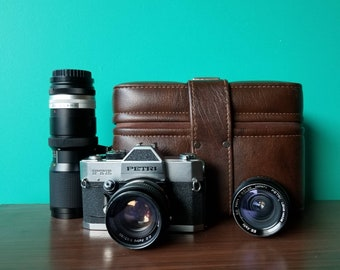 Petri FTE 35mm SLR Camera Kit