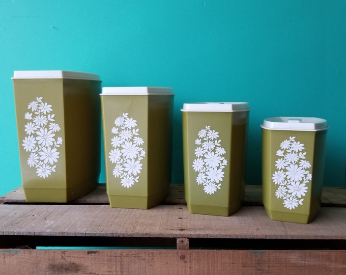 Groovy Plastic Kitchen Canister Set of 4
