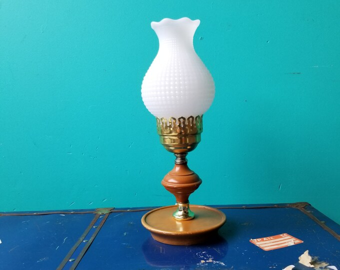 Wooden Table Lamp With Milkglass Shade