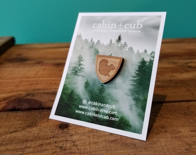 Squirrel - Laser Etched Wooden Lapel Pin