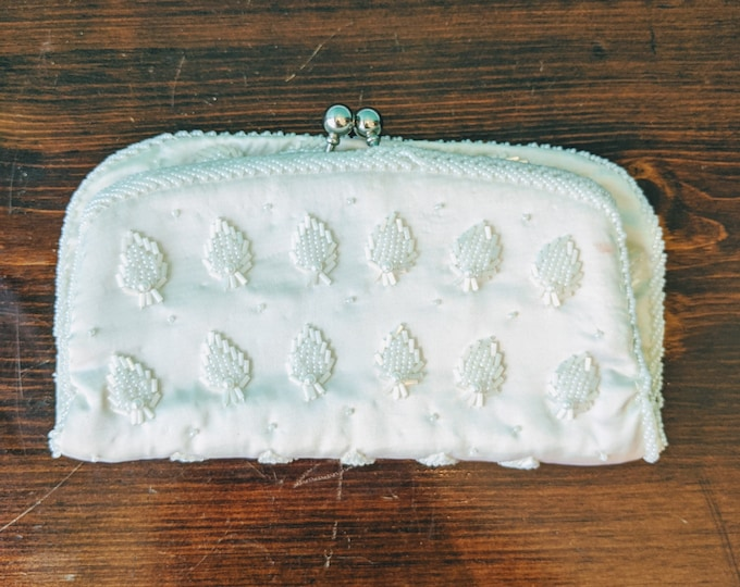 1950's Strawberry Wedding Bell Clutch