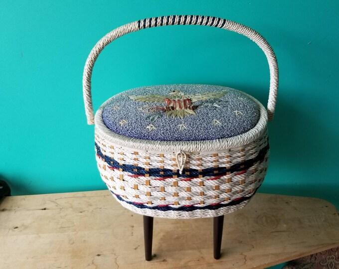 Vintage Singer Americana Sewing Basket