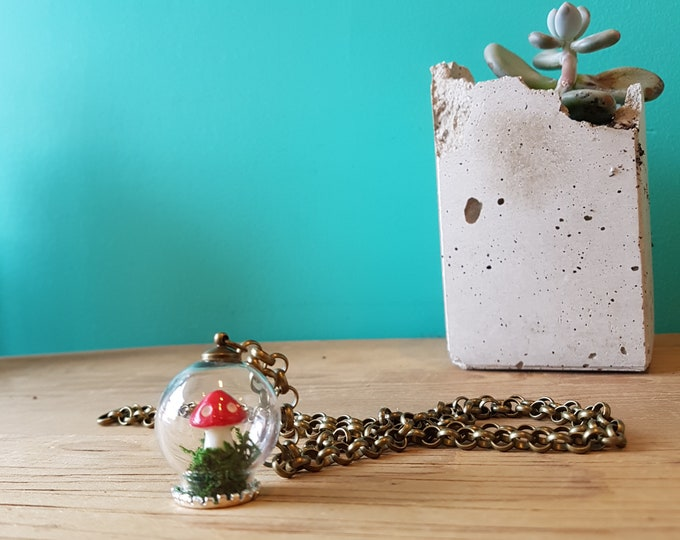 "Featured listing image: Handmade Mini Terrarium - Mushroom and Moss - Necklace - 25"" Chain"