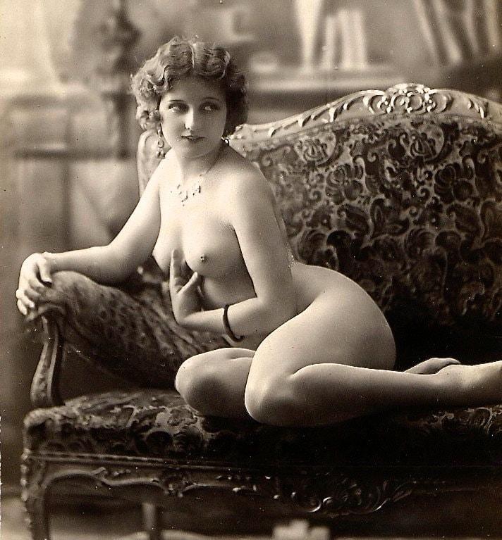 Vintage erotic pic