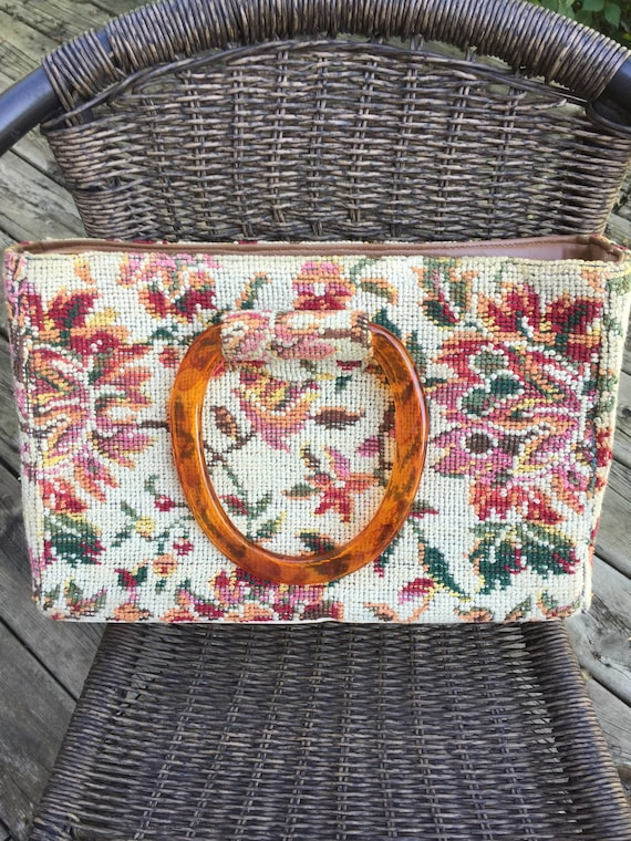Vintage JR Florida Carpet bag purse. Floral, beaut