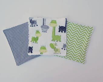 Green and Grey Giraffe Baby Boy Washcloths-set of 3, baby wash cloths, cloth wipes, reusable wipes, baby shower gift, zoo animals, baby boy