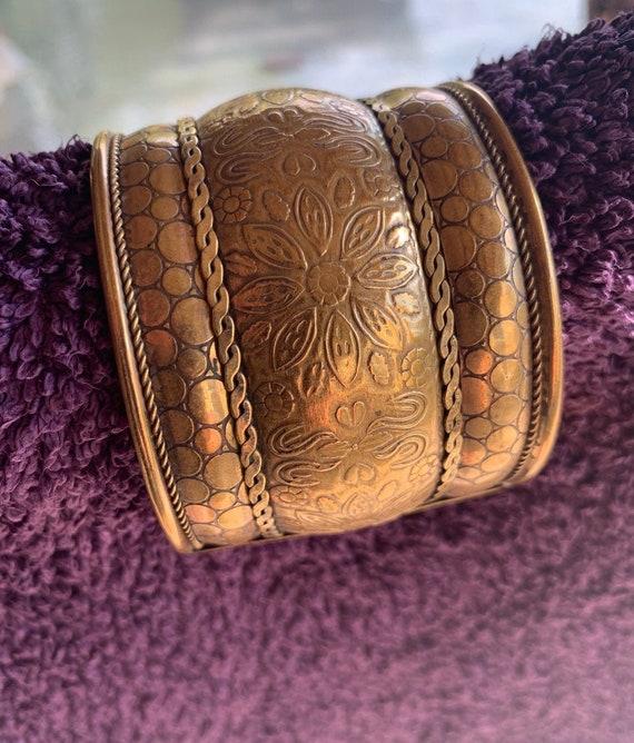Elephant tribal bohemian gemstone brass bracelet